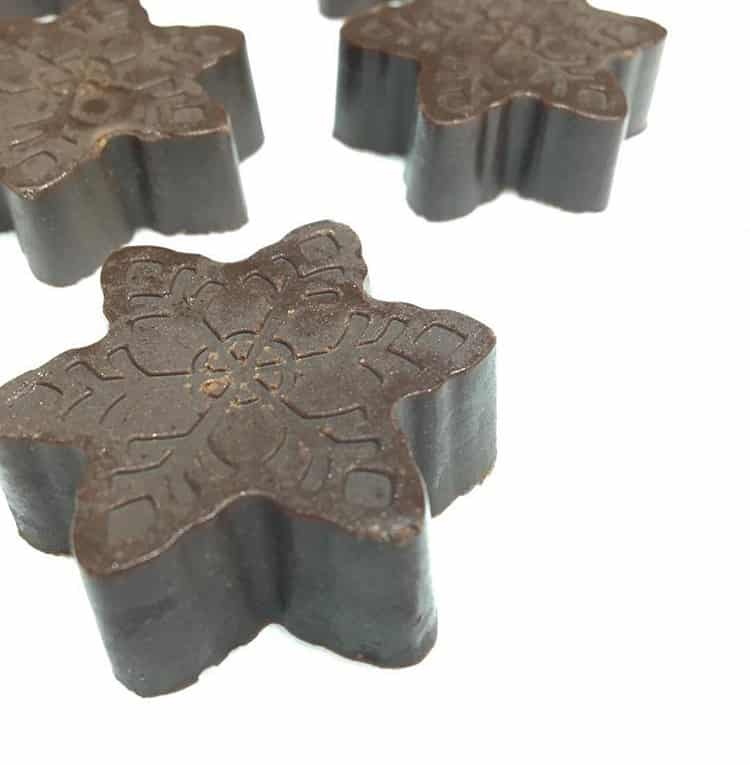 Using molds can give your cannabis holiday fudge some decorative flair.