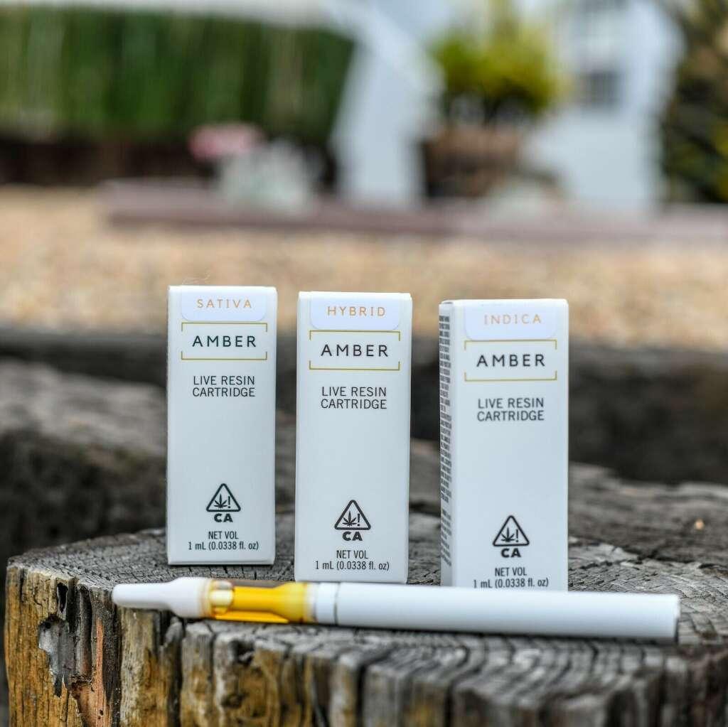 Amber cartridges are full ceramic for unparalleled taste.